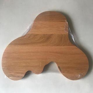 イッタラ(iittala)のiittala イッタラ 木製 サービングプラター Lサイズ アアルト(テーブル用品)