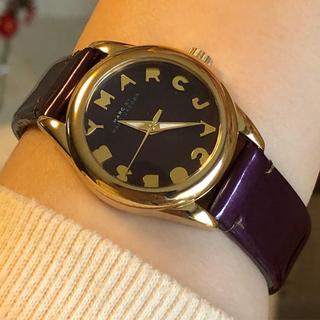 マークバイマークジェイコブス(MARC BY MARC JACOBS)のMARC BY MARC JACOBS 腕時計    稼働中 美品(腕時計)