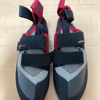 アディダス(adidas)のボルダリングシューズ adidas ASYM VCS ファイブテン(その他)