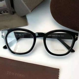 トムフォード(TOM FORD)のTOM FORD トムフォード 伊達 メガネ フレーム TF0590 黒(サングラス/メガネ)