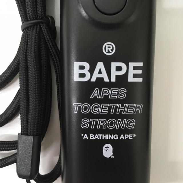 A BATHING APE(アベイシングエイプ)のA BATHING APE® 2WAYハンディ扇風機 スマホ/家電/カメラの冷暖房/空調(扇風機)の商品写真