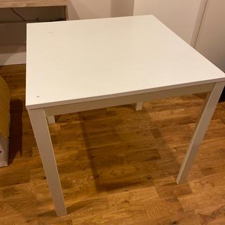 イケア(IKEA)のイケア定番テーブル メルトルプ(ダイニングテーブル)