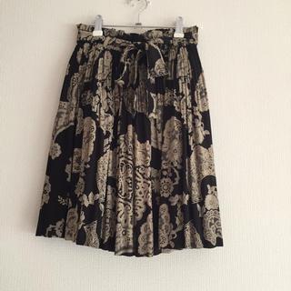 アクシーズファム(axes femme)のペイズリー柄のスカート(ミニスカート)
