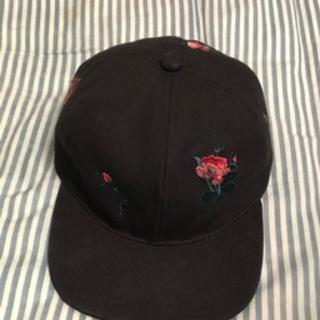 アレッジ(ALLEGE)のttt_msw flower embroidery cap(キャップ)