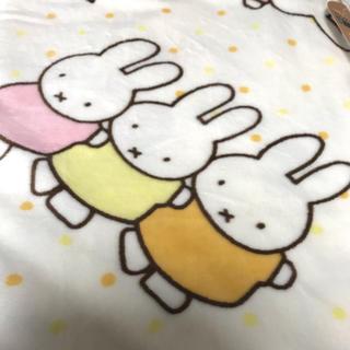 シマムラ(しまむら)のミッフィー 毛布 シングルサイズ ブランケット miffy しまむら(毛布)