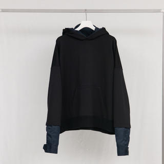ディガウェル(DIGAWEL)のno. / LAYERED SWEAT HOODY – BLACK×NAVY(パーカー)