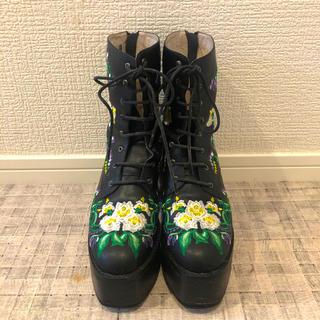 トーガ(TOGA)のMURRAL 刺繍 編み上げブーツ(ブーツ)