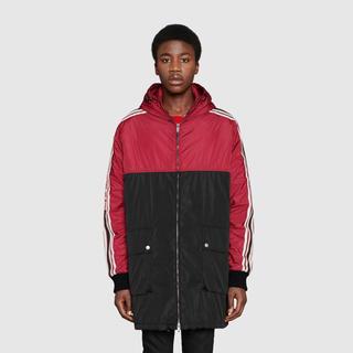グッチ(Gucci)のGUCCI レインコート ZIPPED RAIN COAT(ナイロンジャケット)
