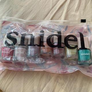 スナイデル(snidel)のスナイデルの7色セットマニキュアです。(マニキュア)