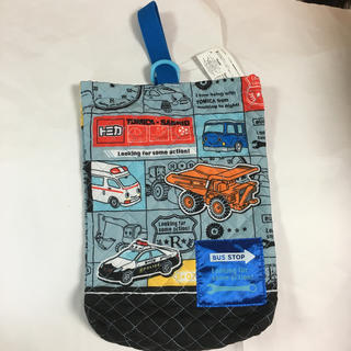 サンリオ(サンリオ)の新品タグ付★トミカ×サンリオ  上履き入れ シューズ袋 シューズケース(シューズバッグ)