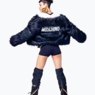 モスキーノ(MOSCHINO)のフェイクファージャケット モスキーノ MOSCHINO(毛皮/ファーコート)