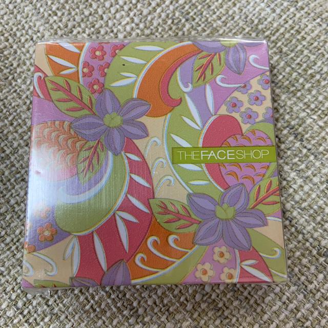 THE FACE SHOP(ザフェイスショップ)のTHE FACE SHOP グロス コスメ/美容のベースメイク/化粧品(リップグロス)の商品写真
