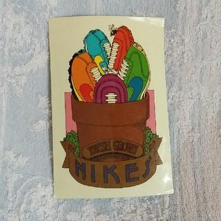 ナイキ(NIKE)のNIKE ステッカー 10cm×15cm めくれ部分アリ(ステッカー)
