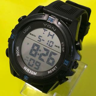 新品 YQN メンズデジタルLEDウォッチ  ブラックブルー  アウトドア(腕時計(デジタル))