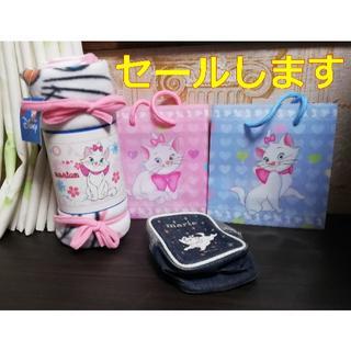 ハローキティ(ハローキティ)の【セールします】marieのミニ手提げバッグ2個&小物入れ&フリースブランケット(その他)
