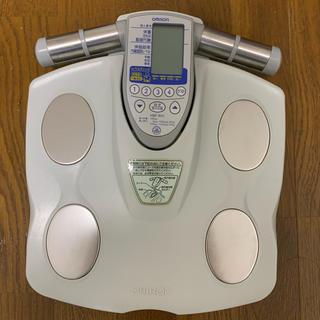 オムロン(OMRON)のオムロン 体重計 hbf900型 体組成計(体重計/体脂肪計)