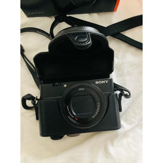 ソニー(SONY)のsony サイバーショット カメラカバー/BLACK(コンパクトデジタルカメラ)