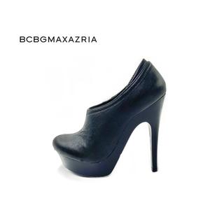 ビーシービージーマックスアズリア(BCBGMAXAZRIA)のBCBGMAXAZRIA ブーティー(ブーツ)
