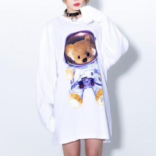 ミルクボーイ(MILKBOY)の新品未使用🤍トラバストーキョー🤍スペースくま•ᴥ•ビッグロンT🤍白(Tシャツ(長袖/七分))