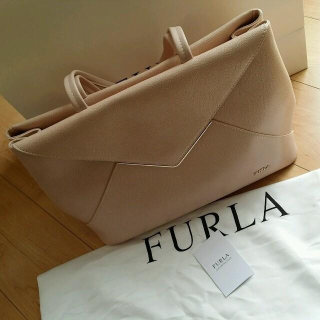 Furla(フルラ)のFURLA ピンクのクラシカルバッグ レディースのバッグ(ハンドバッグ)の商品写真