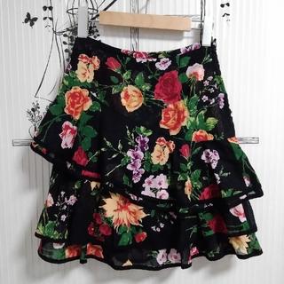 イワヤフォードレスサーティースリー(IWAYA FOR DRESS33)の🥀🌹スカート🌹🥀ボトムス🌹花柄🥀薔薇🌹バラ🥀ローズ🌹rose(ミニスカート)