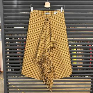 バレンシアガ(Balenciaga)の超美品 バレンシアガ 2018 ロングスカート フレア 巻きスカート イエロー(ロングスカート)