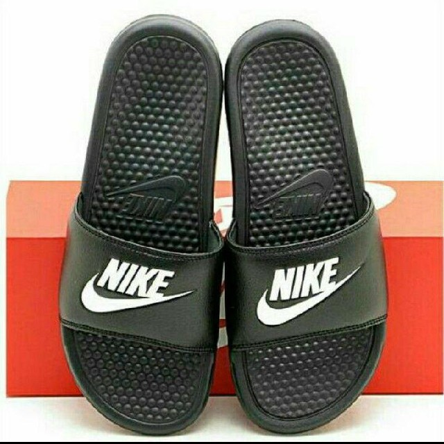 NIKE(ナイキ)の新品 ナイキ ベナッシ 29センチ 送料無料 NIKE 090 ブラック 黒 メンズの靴/シューズ(サンダル)の商品写真