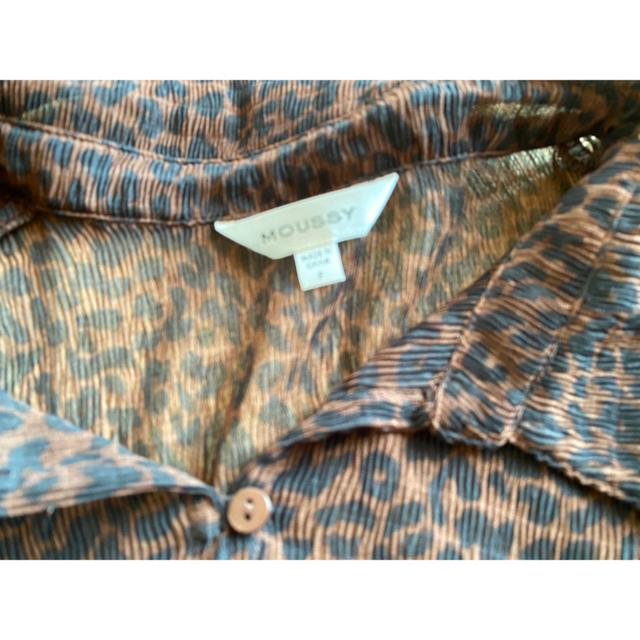 moussy(マウジー)のMOUSSY❤︎SHEER GATHER LEO BLUSE レディースのトップス(シャツ/ブラウス(半袖/袖なし))の商品写真