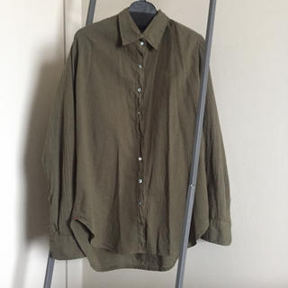 アパルトモンドゥーズィエムクラス(L'Appartement DEUXIEME CLASSE)の新品 アパルトモン   XIRENAシャツ(シャツ/ブラウス(長袖/七分))