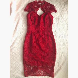 リプシー(Lipsy)の超お得❤️リプシー 赤 レースドレス UK8サイズ(ひざ丈ワンピース)