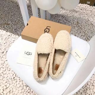 アグ(UGG)のUGG秋冬ローファー(ローファー/革靴)