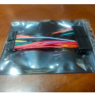 24ピンATXメス→ミニ24ピンATXオス用 電源変換ケーブル(PCパーツ)