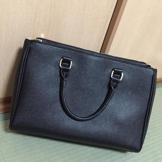 ザラ(ZARA)の黒の合皮 ビジネスバッグ 男女兼用(ビジネスバッグ)