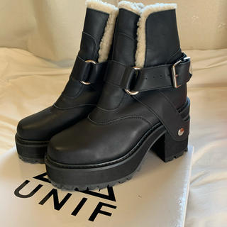 ユニフ(UNIF)のUNIF ユニフ ボア厚底 ショートブーツ(ブーツ)