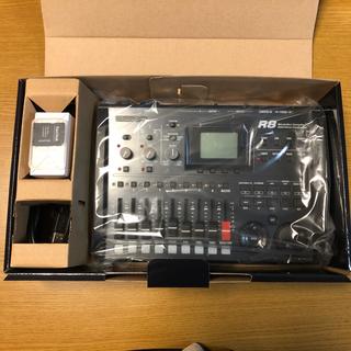 ズーム(Zoom)のZOOM ( ズーム ) / R8 マルチトラックレコーダー SD 4GB(MTR)