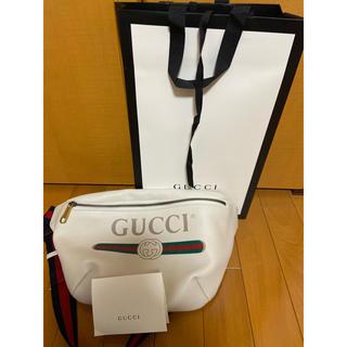 Gucci - GUCCI  グッチプリントレザー ベルトバッグ