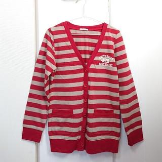 ハニーズ(HONEYS)のHoneys うす茶色×赤ボーダーの前開きカットソー(ミニスカート)
