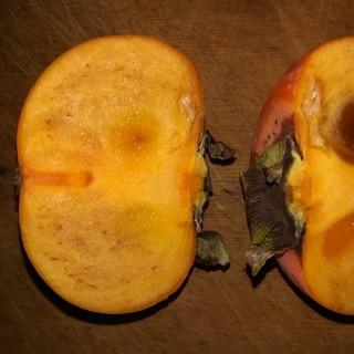 甘柿 無農薬 4キロ 甘さの証ゴマ入り(野菜)