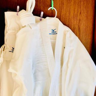 ミズノ(MIZUNO)の♡柔道着 愛校4号セット 上着 帯 ズボン 収納袋 ⭐️最終お値下げです⭐️(相撲/武道)