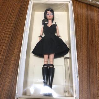 バービー(Barbie)のBarbie バービーファッションモデル クラシックブラックドレス(ぬいぐるみ/人形)