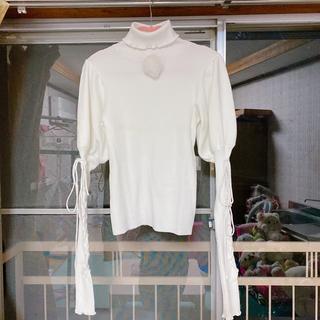 スワンキス(Swankiss)のスワンキス laceup ribbon knit(カットソー(長袖/七分))