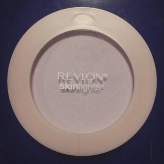 レブロン(REVLON)の*ラベンダー*(フェイスパウダー)
