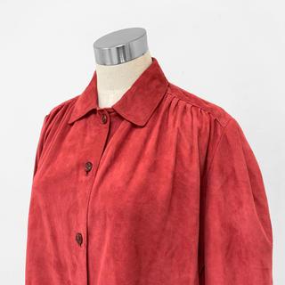 トーガ(TOGA)のヴィンテージ レトロ スエード レザー 本革 シャツ ブラウス USA製 赤(シャツ/ブラウス(長袖/七分))