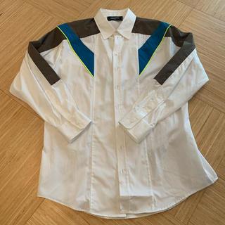ディースクエアード(DSQUARED2)の【新品未使用!ディースクエアード】メンズ シャツ 48(シャツ)