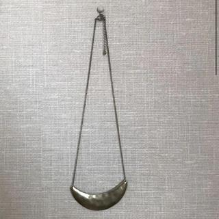 ミスティック(mystic)の月形 ネックレス(ネックレス)