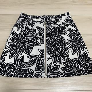 パーリーゲイツ(PEARLY GATES)のゴルフスカート(ミニスカート)