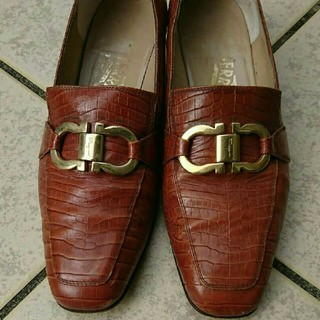 サルヴァトーレフェラガモ(Salvatore Ferragamo)のフェラガモ ビンテージ ローファー(ローファー/革靴)
