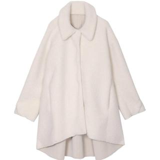 アメリヴィンテージ(Ameri VINTAGE)のAMERIの白コート(ムートンコート)