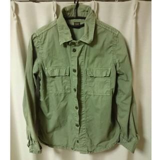 アーバンリサーチ(URBAN RESEARCH)のミリタリーシャツ(シャツ/ブラウス(長袖/七分))