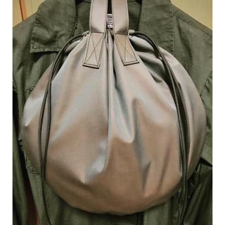 ビームス(BEAMS)の絶品 高級ギャバジン使用 イギリス軍 ヘルメットバッグ(トートバッグ)